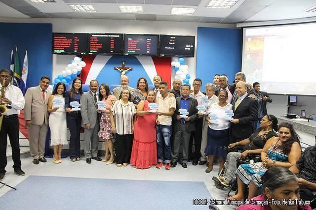 Cidadãos dedicados a causas sociais recebem homenagens na Câmara