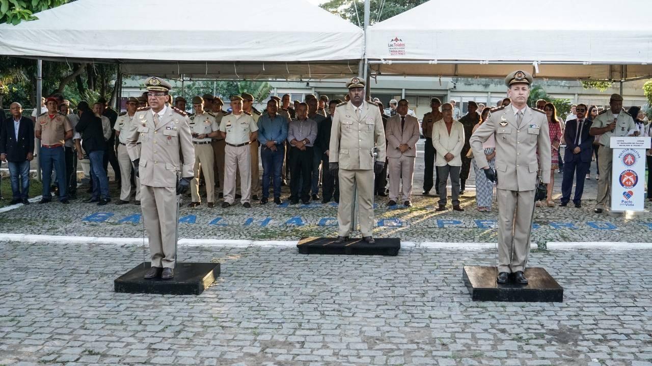 Presidente da Câmara prestigia posse do novo comandante do 12º BPM de Camaçari